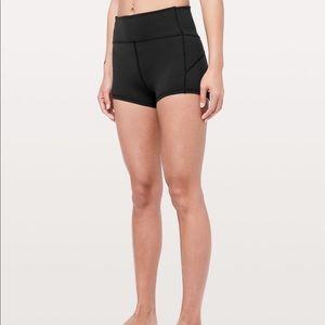 "Lululemon- In Movement Shorts 2.5"""